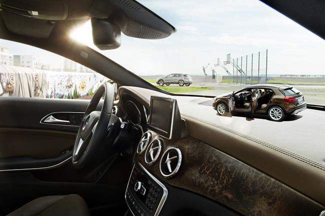 Xe mô hình Mercedes-Benz GLA-Class giá dưới 2 triệu đồng 2